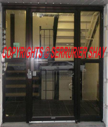 porte commercial door full window tout vitre